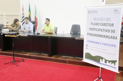 Audiência Pública na Câmara apresentou e debateu com a população a revisão do Plano Diretor de Pindamonhangaba