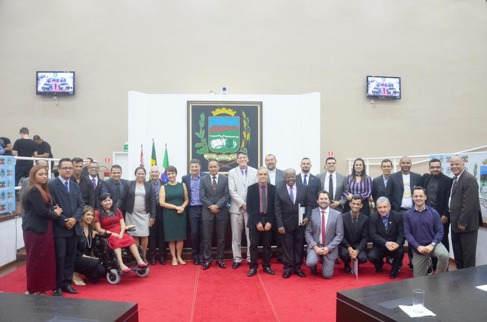 Câmara de Pindamonhangaba acolhe pastores e membros das igrejas evangélicas e comemora os 502 anos da Reforma Protestante