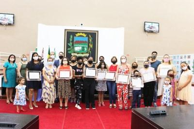 Câmara de Pindamonhangaba enaltece educadores, gestores, pais e alunos e celebra a 11ª Semana da Mobilização Social pela Educação