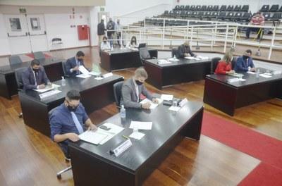 """Câmara de Vereadores aprova a Medalha """"Percy Lacerda"""" e a honraria será concedida a radialista de Pindamonhangaba"""