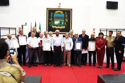 Câmara homenageia integrantes da Sociedade São Vicente de Paulo