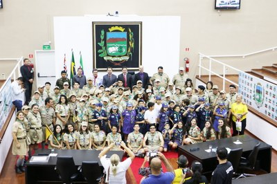 Com honras legislativas, Vereadores de Pindamonhangaba realizam sessão solene, reconhecem trabalho e condecoram Escoteiros da cidade