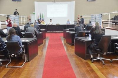 Em 4 horas de Audiência Pública na Câmara, LDO 2019 de Pindamonhangaba é apresentada pelo Executivo