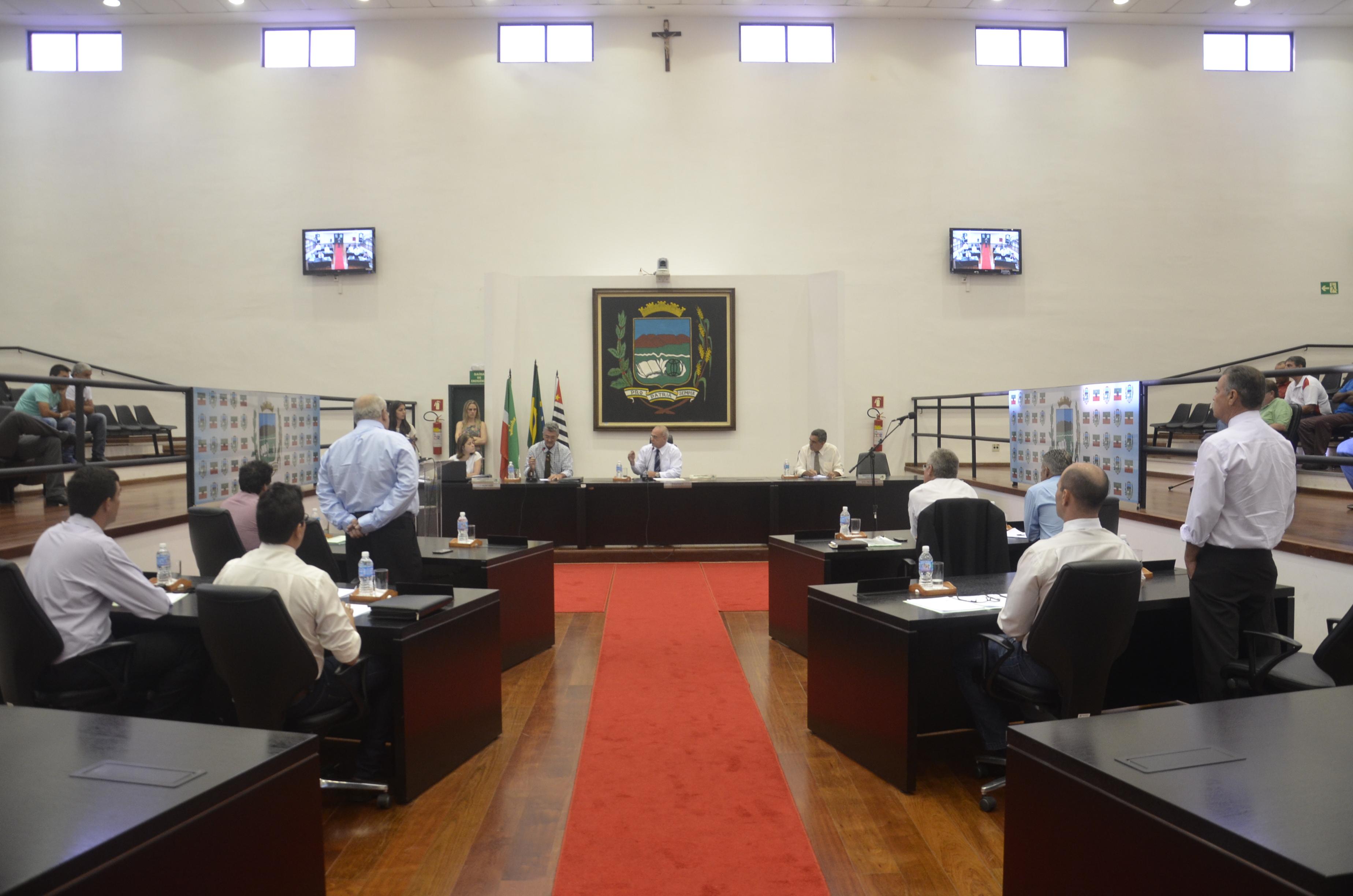 Felipe César – FC  é eleito presidente da Câmara de Pindamonhangaba