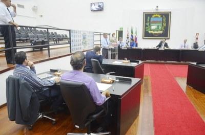 Parlamentares aprovam projeto que obriga o município a divulgar o benefício do sepultamento de pessoas carentes e baixa renda