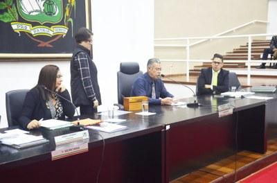 """Plenário aprova e confirma abertura de CEI para apurar supostas irregularidades em """"pagamentos de veículos alugados"""" pelo Executivo"""