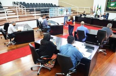 Por unanimidade, Plenário aprova Projetos de Lei e via da Vila São Benedito e ESF Cruz Grande recebem novos nomes