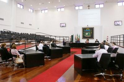 Secretários municipais apresentam orçamentos e participam de audiência pública em cumprimento a Lei de Responsabilidade Fiscal na Câmara