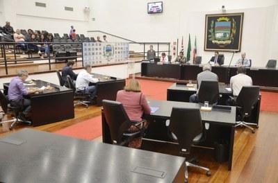 Vereadores aprovam 6,58% de reposição salarial para o funcionalismo de Pindamonhangaba