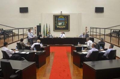 Vereadores aprovam doação de área e prorrogação de convênio com a Santa Casa