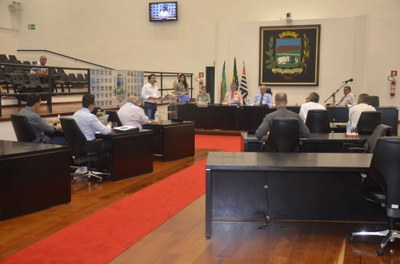 Vereadores aprovam orçamento de R$ 456 milhões para 2015