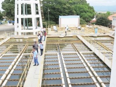 Vereadores visitam Sabesp e conhecem técnicas e processos do tratamento da água distribuída à população da cidade